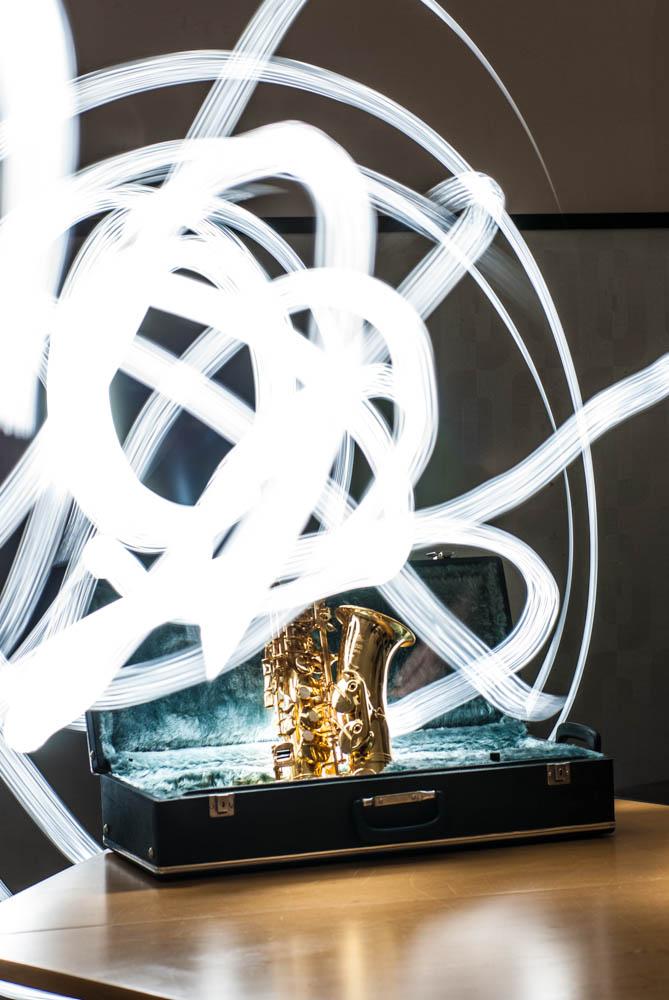 Saxophon fotografiert mit Langzeitbelichtung