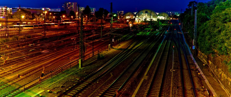 Farben der Nacht - Hauptbahnhof Dresden