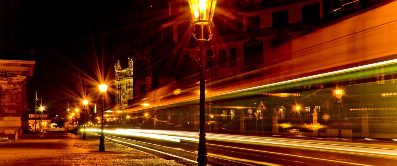 Farben der Nacht - Langzeitbelichtung in Dresden