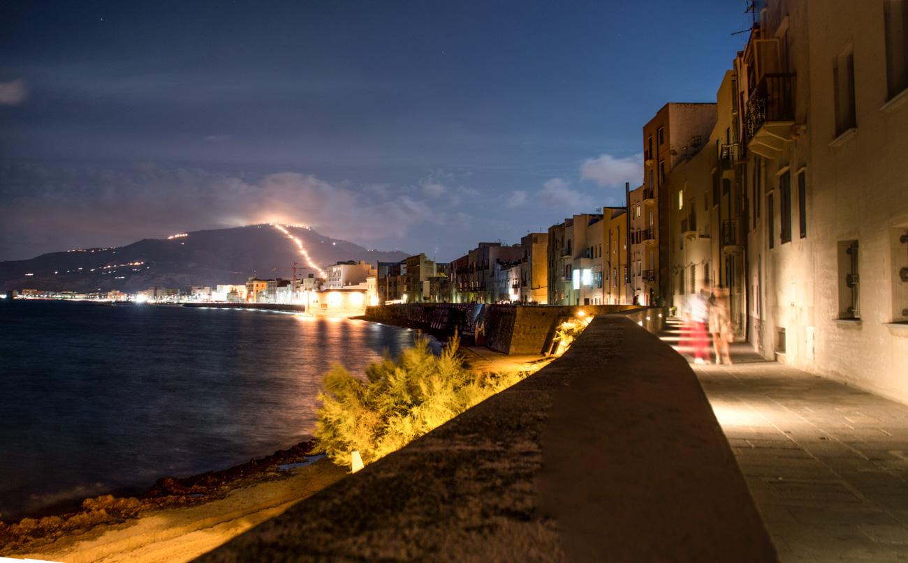 Trapani bei Nacht