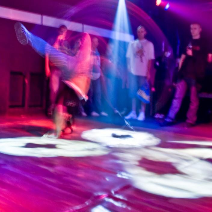Langzeitbelichtung Breakdance im Beatclub Dessau